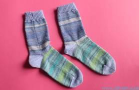 groenblauwe lichtdonkerblauwe sokken