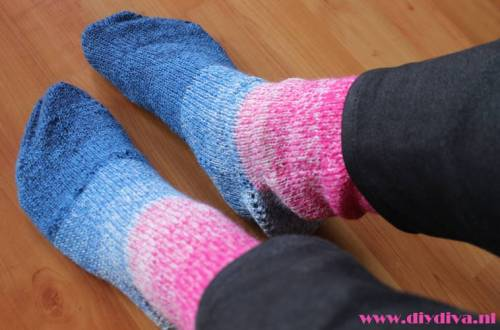 blauwrose sokken verloopgaren diydiva