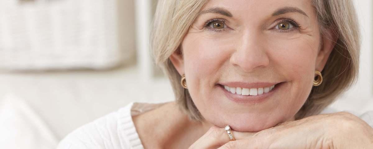 menopozda mutlu kadın