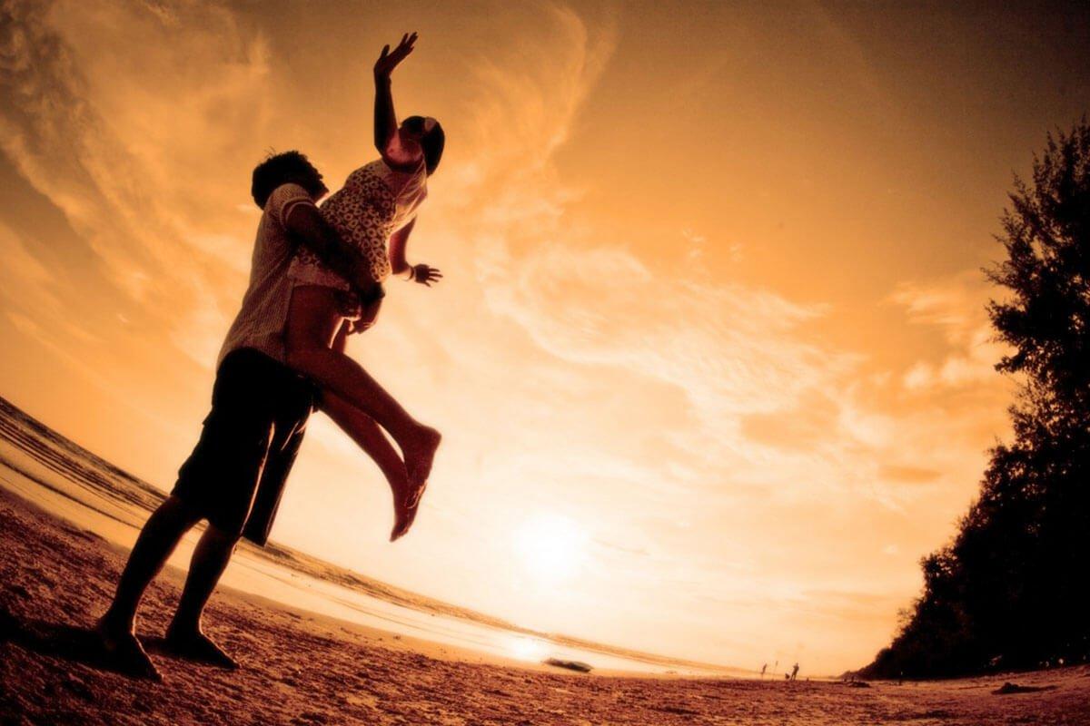 mutlu aşk var mıdır?