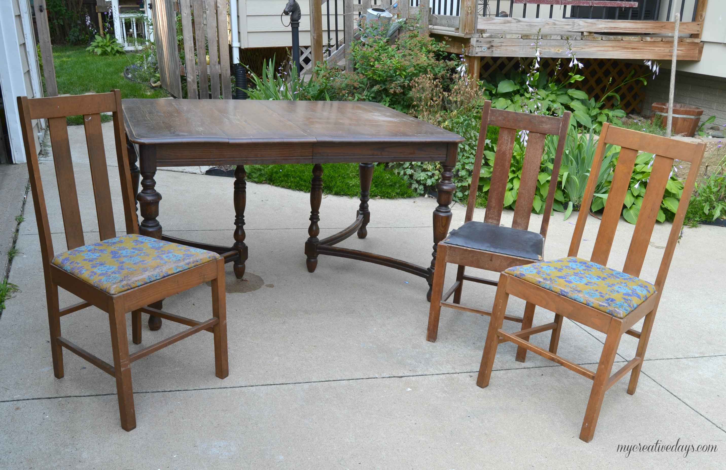 (Before) Curbside Farmhouse Dining Set Makeover - by My Creative Days