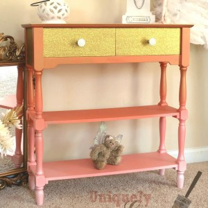Glam Coral Table