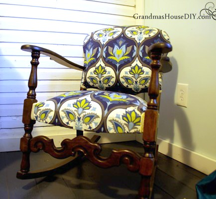 Old to Bold Rocking Chair Makeover - by Grandma's House DIY