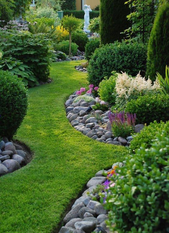 66 Creative Garden Edging Ideas to Set Your Garden Apart on Backyard Border Ideas id=46960