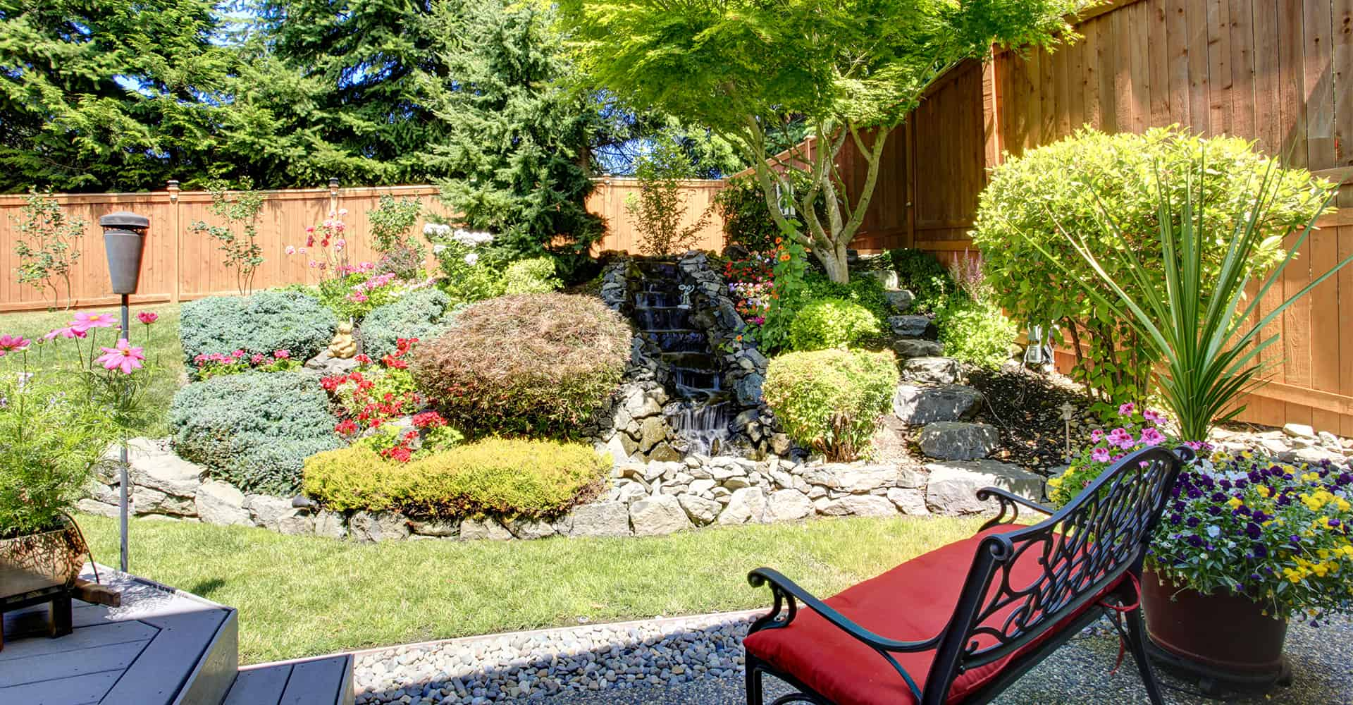 Small Garden Ideas To Transform Your Garden Into A ... on Small Landscape Garden Ideas id=57815