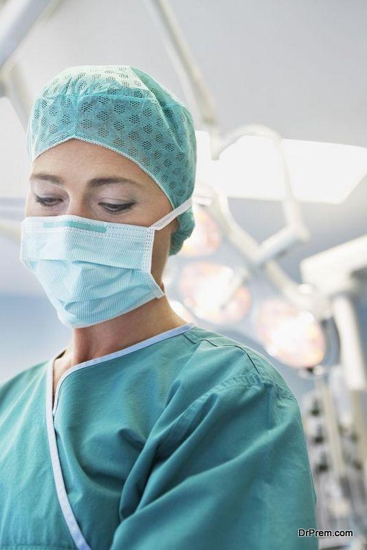 expert surgeon