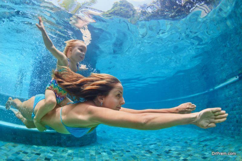 Swim-with-your-kids