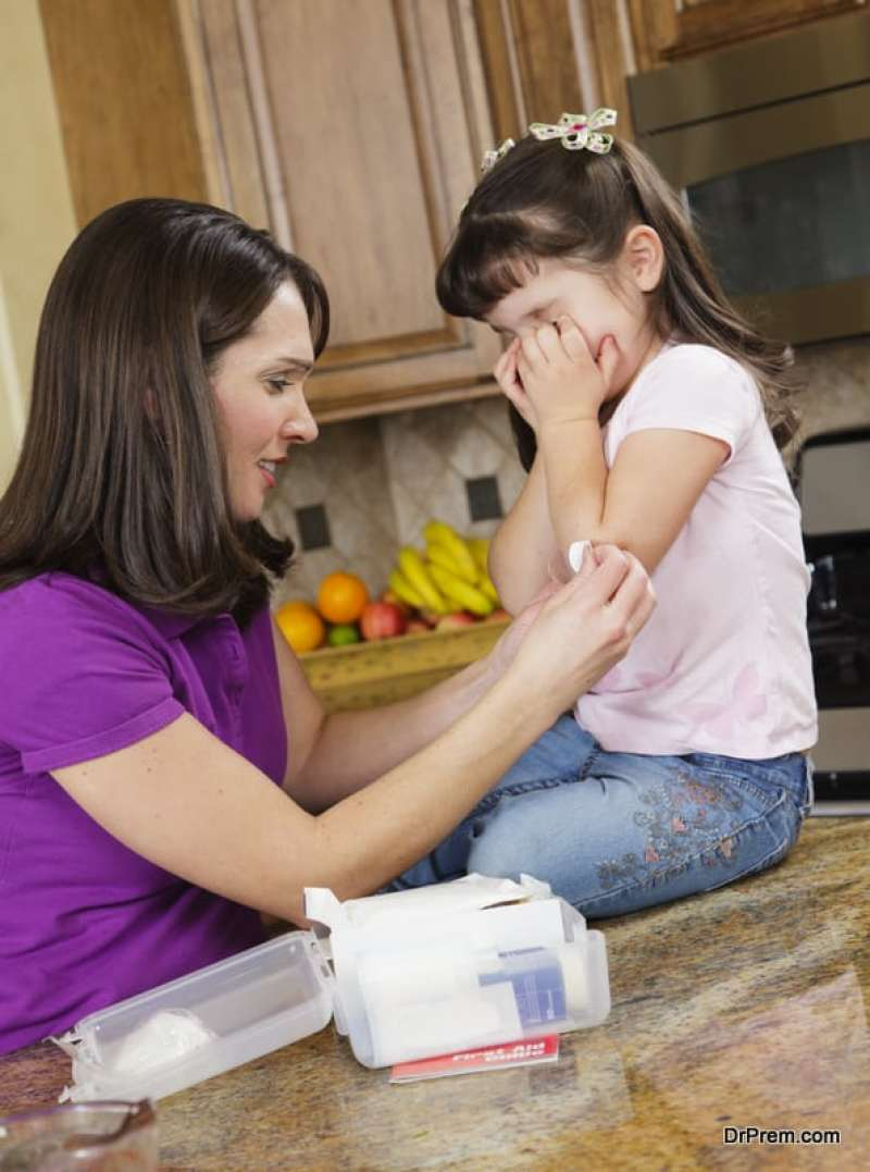 Teaching-First-Aid-to-Elementary-Students