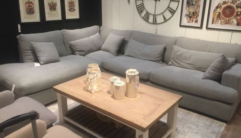 Sprucing Up Your Living Room with Coffee Table Decor Ideas - DIY ...
