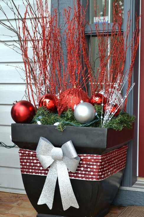 20 DIY Outdoor Christmas Decorations Ideas 2014 on Patio Decorating Ideas With Lights  id=83730