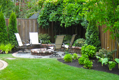 Small Yard Ideas Front and Backyard Landscaping Designs on Small Backyard Landscaping  id=97457