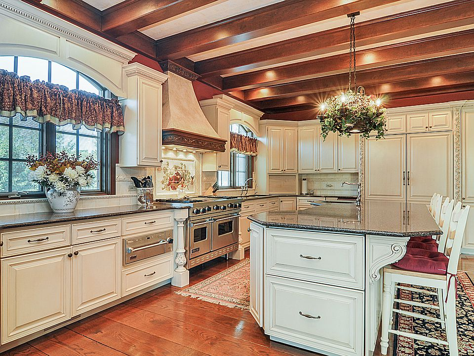 best paint for kitchen cabinets top 50 pictures on best paint for kitchen cabinets diy id=89108