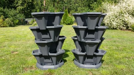 container gardening stack a pots