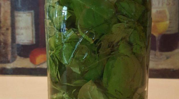 Sweet basil vinegar