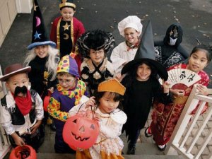 trick-or-treating-safety-tips-intro-sl