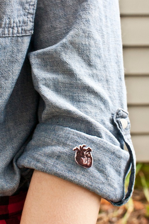 Make a DIY anatomical heart pin with this tutorial and free printable