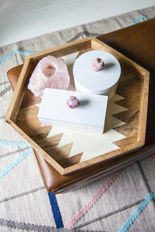How to make a geode jewelry box. #DIY #GiftIdea