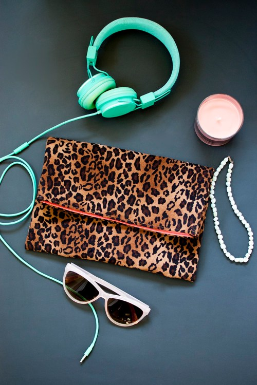 DIY leopard fold-over clutch purse