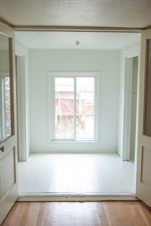 white closet 1