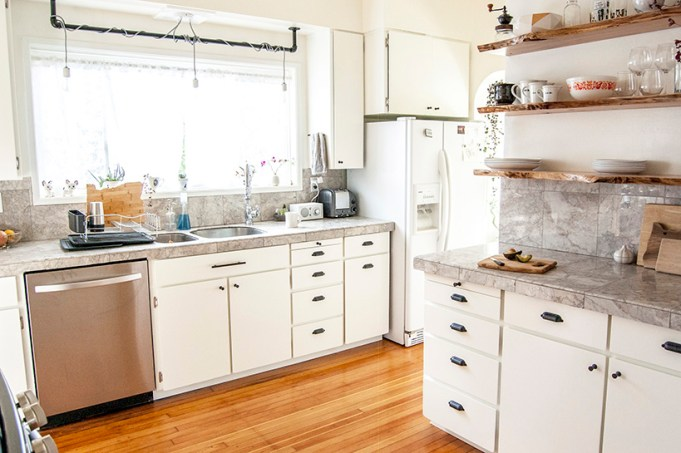 DIY kitchen makeover: white painted cabinets and open shelves