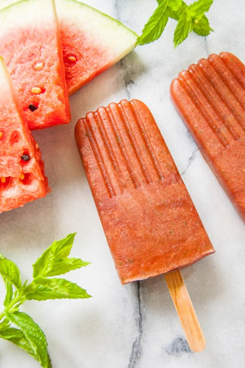 Make these refreshing watermelon mint popsicles for those hot summer days ahead
