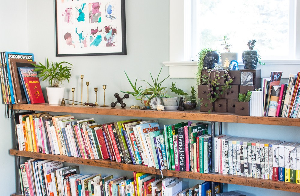 Custom pipe bookshelves