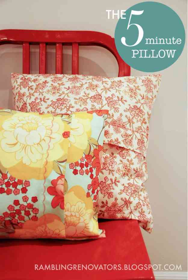 Easy Sewing Projects | DIY Pillow Tutorial at http://diyjoy.com/quick-sewing-projects-diy-ideas