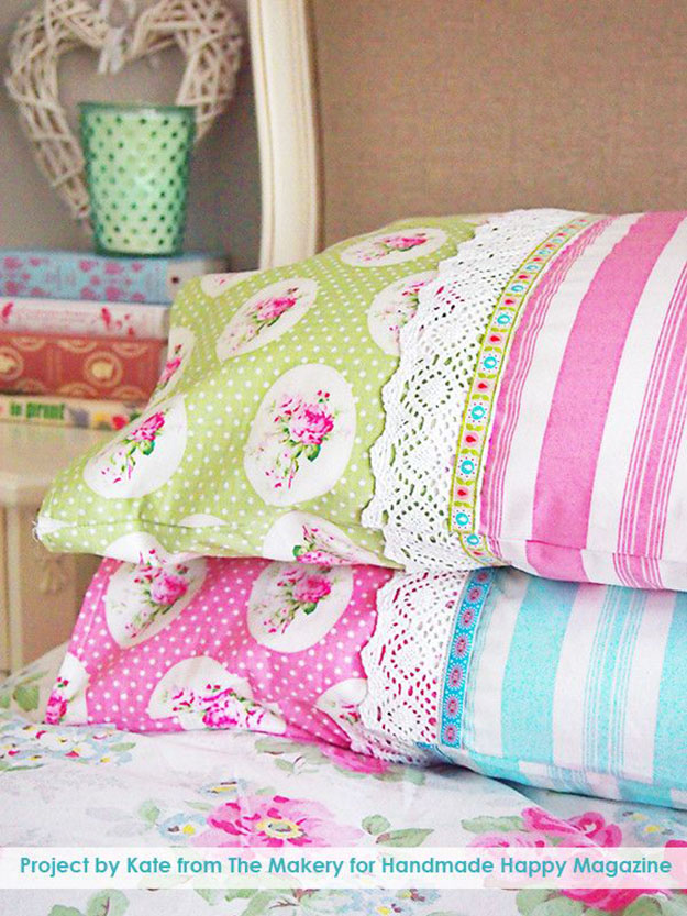 DIY Sewing Projects- Pillowcase Ideas - Pillowcase Sewing Tutorial with Ribbon and Lace at http://diyjoy.com/sewing-projects-diy-pillowcases-ideas
