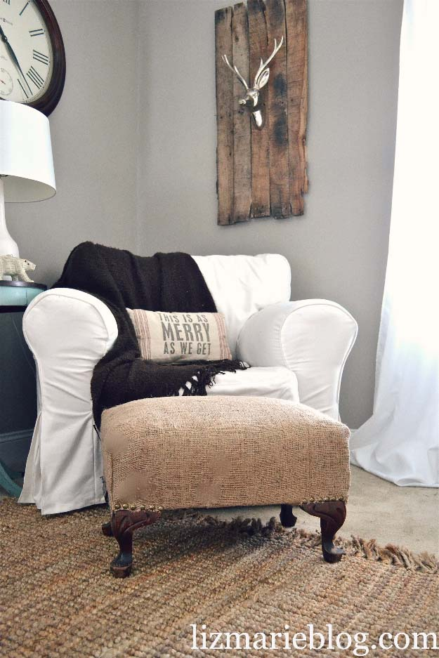 DIY Projects with Burlap and Creative Burlap Crafts for Home Decor, Gifts and More | Burlap Ottoman |  http://diyjoy.com/diy-projects-with-burlap