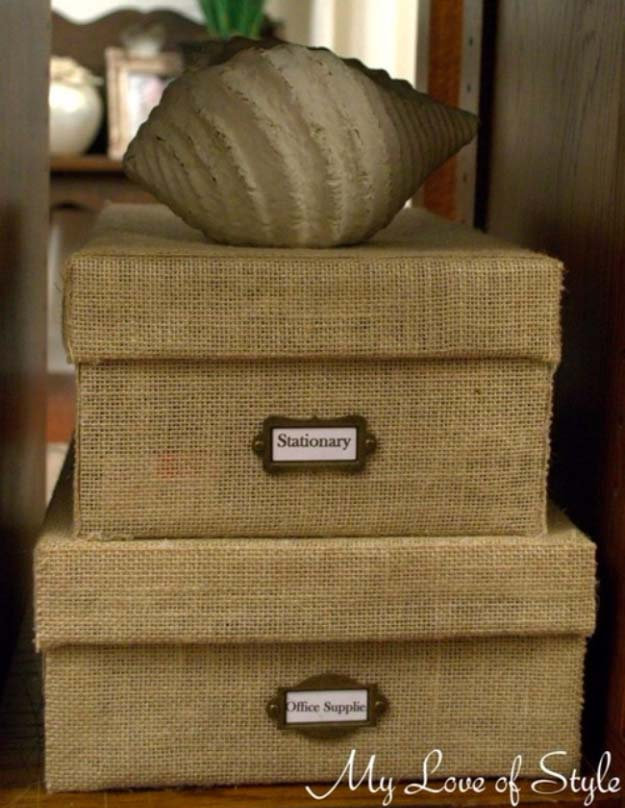 DIY Projects with Burlap and Creative Burlap Crafts for Home Decor, Gifts and More | DIY Burlap Storage Box | http://diyjoy.com/diy-projects-with-burlap