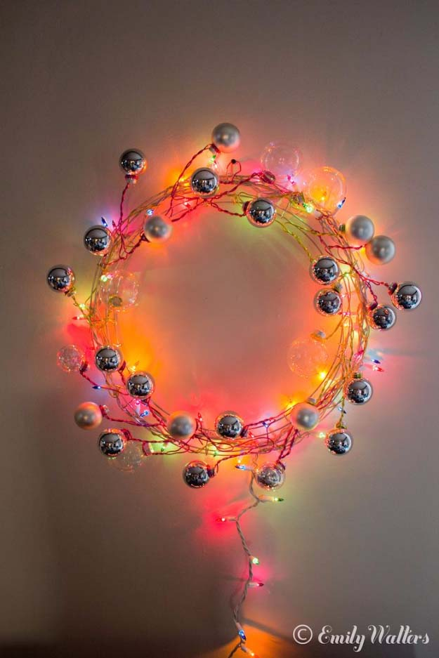 DIY Holiday Wreaths Make Awesome Homemade Christmas Decorations for Your Front Door | Cool Crafts and DIY Projects by DIY JOY | Modern Wire and Ornament Wreath | http://diyjoy.com/diy-christmas-decorations-wreaths