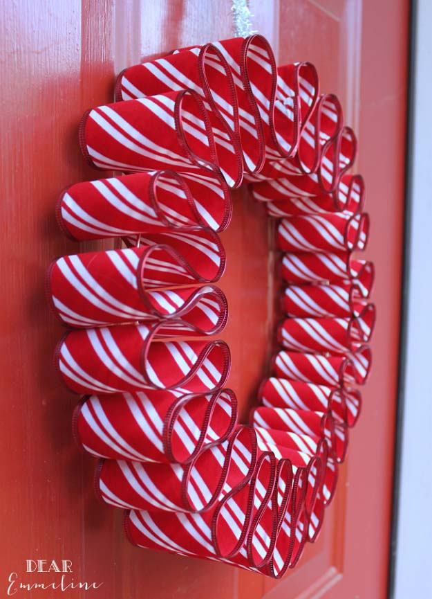 DIY Holiday Wreaths Make Awesome Homemade Christmas Decorations for Your Front Door    Cool Crafts and DIY Projects by DIY JOY      Ribbon Candy Wreath    http://diyjoy.com/diy-christmas-decorations-wreaths