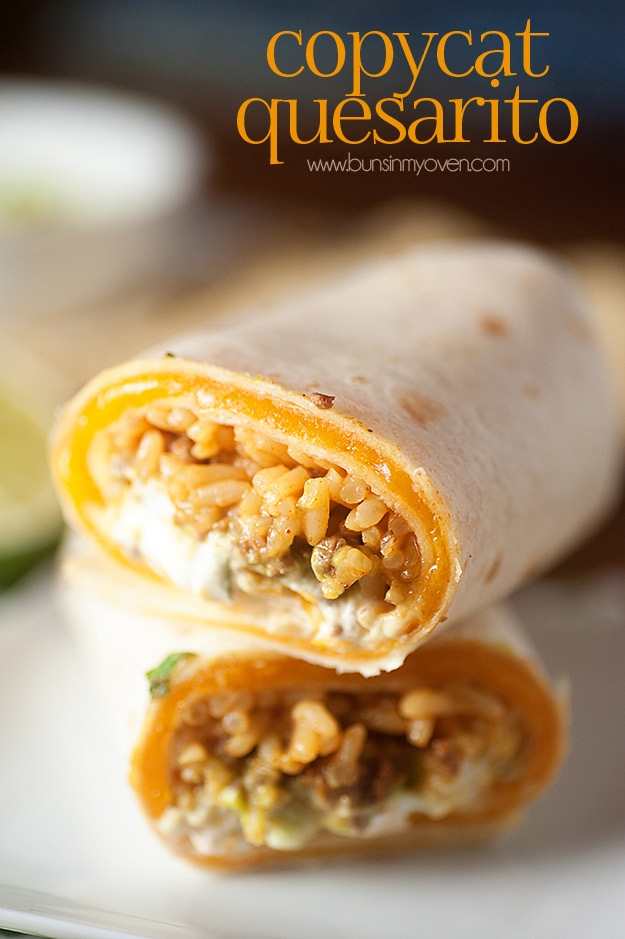 Copycat Recipes From Top Restaurants. Best Recipe Knockoffs from Chipotle, Starbucks, Olive Garden, Cinabbon, Cracker Barrel, Taco Bell, Cheesecake Factory, KFC, Mc Donalds, Red Lobster, Panda Express | Taco Bell's Copycat Quesarito http://diyjoy.com/copycat-recipes
