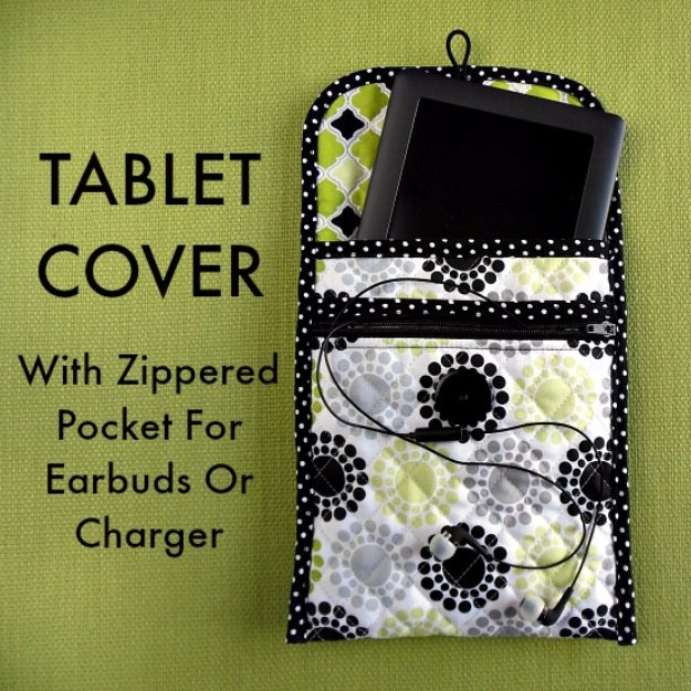 DIY Sewing Gift Ideas for Adults and Kids, Teens, Women, Men and Baby - Sew a Quilted Tablet Cover With Zippered Pocket - Cute and Easy DIY Sewing Projects Make Awesome Presents for Mom, Dad, Husband, Boyfriend, Children http://diyjoy.com/diy-sewing-gift-ideas