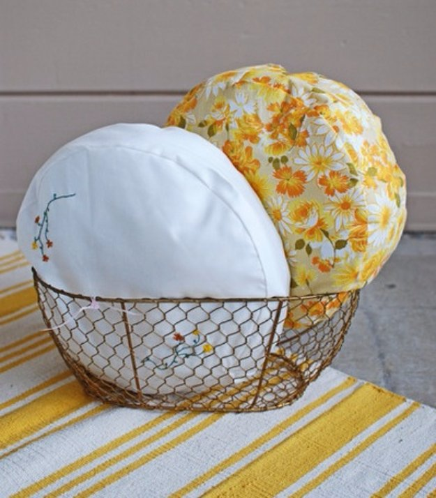 Fabulous DIY Poufs and Ottomans - DIY Pillowcase Pouf - Step by Step Tutorials and Easy Patterns for Cool Home Decor. Crochet, No Sew, Leather, Moroccan Boho, Knit and Fun Fur Projects and Chair Ideas #diy #diyfurniture #sewing