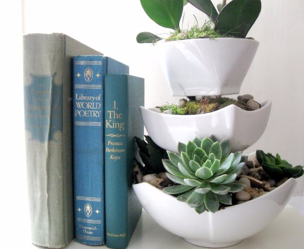 Easy Crafts To Make and Sell - Ceramic Bowl Succulents - Cool Homemade Craft Projects You Can Sell On Etsy, at Craft Fairs, Online and in Stores. Quick and Cheap DIY Ideas that Adults and Even Teens Can Make http://diyjoy.com/easy-crafts-to-make-and-sell