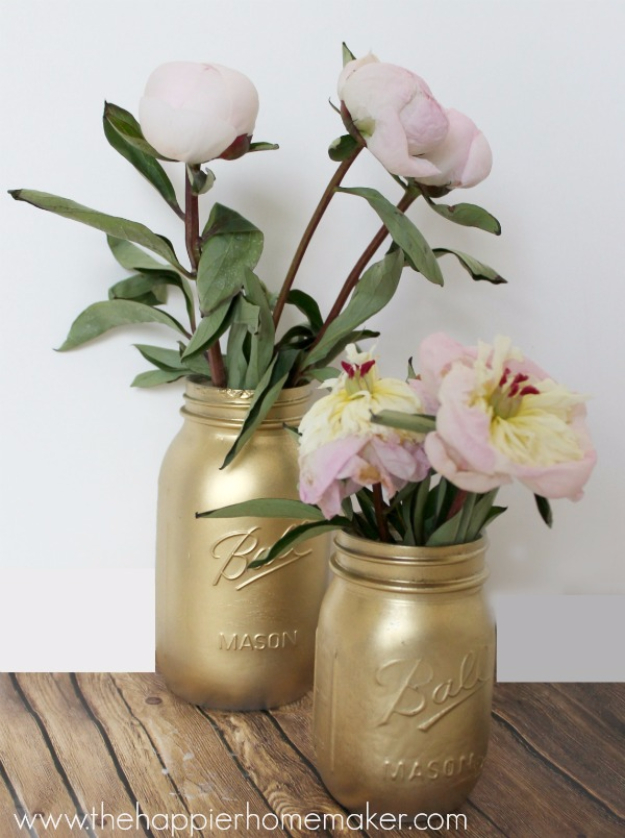 DIY Mason Jar Vases - Gilded Gold Mason Jar Vase - Best Vase Projects and Ideas for Mason Jars - Painted, Wedding, Hanging Flowers, Centerpiece, Rustic Burlap, Ribbon and Twine http://diyjoy.com/diy-mason-jar-vases