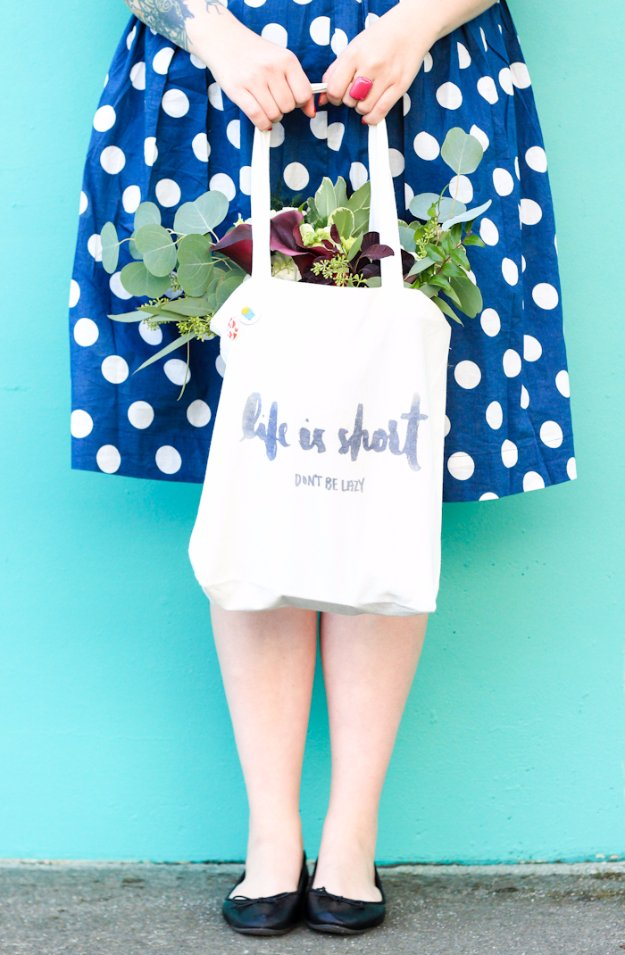 Easy Crafts To Make and Sell - Iron Transfer Tote - Cool Homemade Craft Projects You Can Sell On Etsy, at Craft Fairs, Online and in Stores. Quick and Cheap DIY Ideas that Adults and Even Teens Can Make http://diyjoy.com/easy-crafts-to-make-and-sell