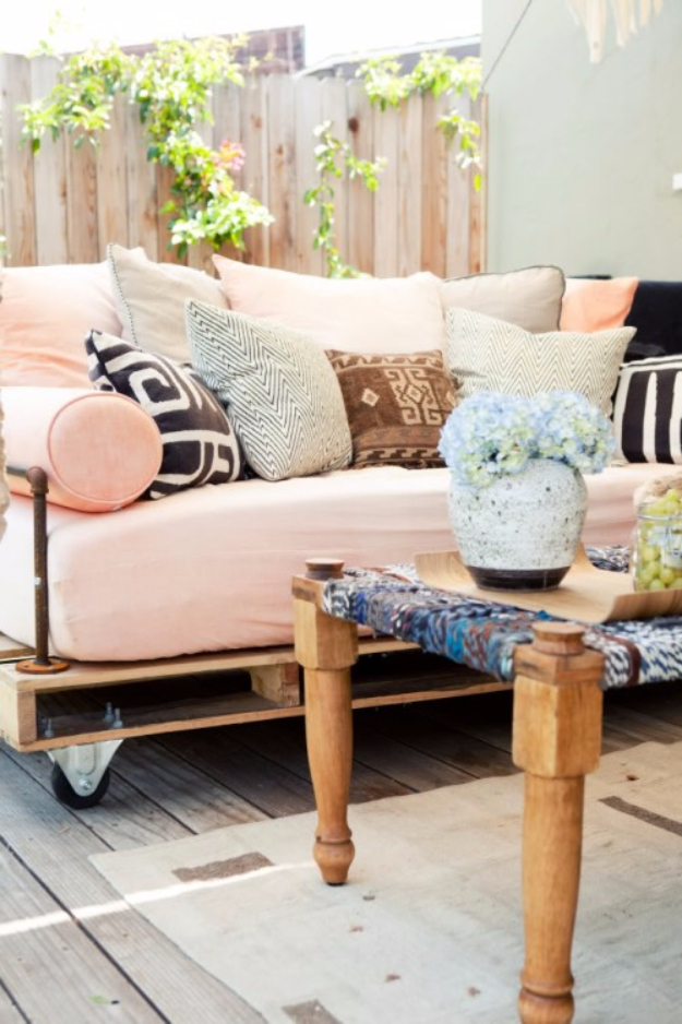 35 Super Cool DIY Sofas and Couches on Belham Living Lilianna Outdoor Daybed id=71844