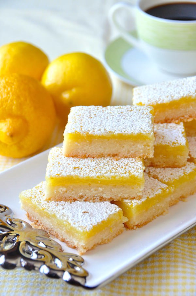 Last Minute Dessert Recipes and Ideas - Super Easy Lemon Bars - Healthy and Easy Ideas for No Bake Recipe Foods, Chocolate, Peanut Butter. Best Simple Ideas for Summer, For A Crowd and for Parties http://diyjoy.com/last-minute-dessert-ideas