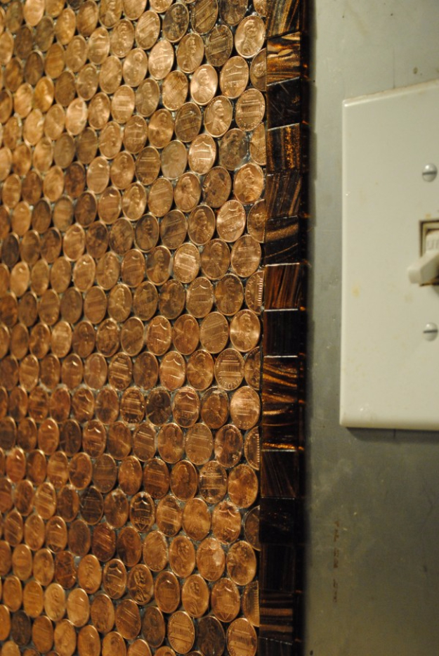 Cool DIYs Made With Money, Dollar Bills and Coins - Penny Kitchen Backsplash - Walls, Floors, DIY Penny Table. Art With Pennies, Walls and Furniture Make With Money, Dollar Bills and Coins. Cool, Creative Tutorials, Home Decor and DIY Projects Made With Cash http://diyjoy.com/diy-ideas-pennies-money