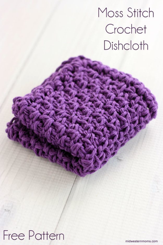 35 Easy Crochet Patterns - Moss Stitch Crochet Dishcloth - Crochet Patterns For Beginners, Quick And Easy Crochet Patterns, Crochet Ideas To Try, Crochet Ideas To Make And Sell, Easy Crochet Ideas http://diyjoy.com/easy-crochet-patterns