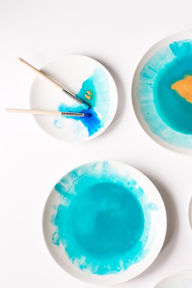 DIY Projects With Old Plates and Dishes - DIY Watercolor Plates - Creative Home Decor for Rustic, Vintage and Farmhouse Looks. Upcycle With These Best Crafts and Project Tutorials http://diyjoy.com/diy-projects-plates-dishes