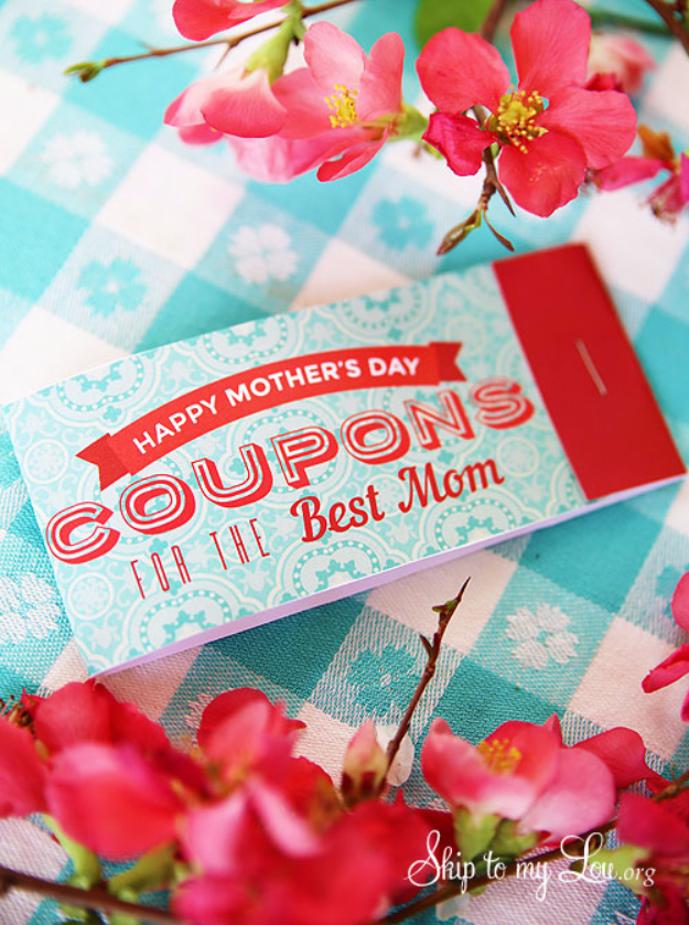 DIY Gifts for Mom - Printable Coupons For Mom - Best Craft Projects and Gift Ideas You Can Make for Your Mother - Last Minute Presents for Birthday and Christmas - Creative Photo Projects, Bath Ideas, Gift Baskets and Thoughtful Things to Give Mothers and Moms http://diyjoy.com/diy-gifts-for-mom