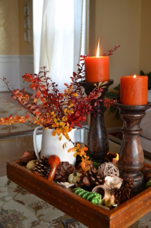 Best Thanksgiving Centerpieces and Table Decor - Beautiful Thanksgiving Centerpiece - Creative Crafts for Your Thanksgiving Dinner Table. Mason Jars, Flowers, Leaves, Candles and Pumkin Decorations for Your FallHome Decor http://diyjoy.com/best-thanksgiving-centerpieces