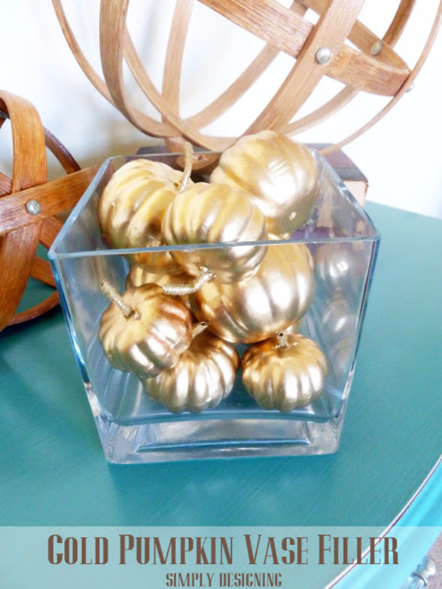 Best Thanksgiving Centerpieces and Table Decor - Gold Pumpkin Vase Filler - Creative Crafts for Your Thanksgiving Dinner Table. Mason Jars, Flowers, Leaves, Candles and Pumkin Decorations for Your FallHome Decor http://diyjoy.com/best-thanksgiving-centerpieces