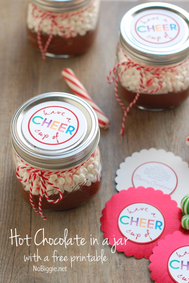 Best DIY Gifts in Mason Jars - Hot Chocolate In A Jar - Cute Mason Jar Crafts and Recipe Ideas that Make Great DIY Christmas Presents for Friends and Family - Gifts for Her, Him, Mom and Dad - Gifts in A Jar That Are Easy, Quick and Cheap http://diyjoy.com/best-diy-mason-jar-gifts