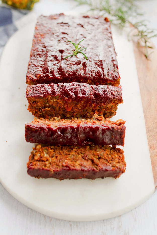 Easy Thanksgiving Recipes - Lentil Loaf With Maple Sweetened Glaze - Best Simple and Quick Recipe Ideas for Thanksgiving Dinner. Cranberries, Turkey, Gravy, Sauces, Sides, Vegetables, Dips and Desserts - DIY Cooking Tutorials With Step by Step Instructions - Ideas for A Crowd, Parties and Last Minute Recipes http://diyjoy.com/easy-thanksgiving-recipes