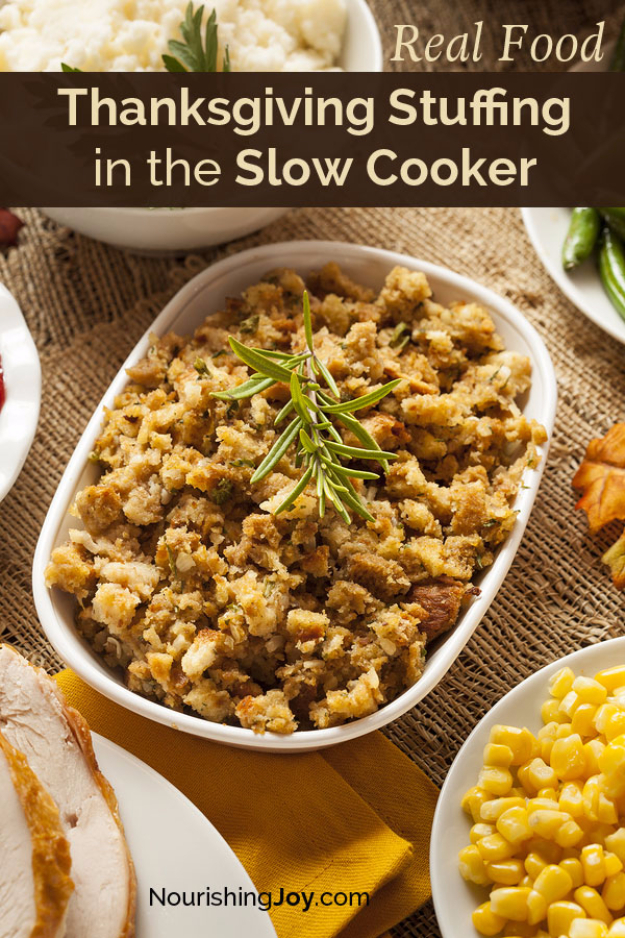 Thanksgiving Recipes You Can Make In A Crockpot or Slow Cooker - Thanksgiving Stuffing In The Slow Cooker - Soups, Stews, Desserts, Dips, Sides and Vegetable Recipe Ideas for Your Crock Pot - Simple and Quick Last Minute Cooking for Thanksgiving Dinner http://diyjoy.com/thanksgiving-recipes-crockpot