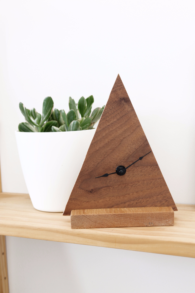 Best DIY Gifts for Neighbors - DIY Minimal Geometric Clock - Cute Mason Jar Crafts, Gift Baskets and Cheap and Easy Gift Ideas to Make for Friends - Do It Yourself Projects You Can Sew and Craft That Make Awesome DIY Gifts and Homemade Christmas Presents http://diyjoy.com/diy-gifts-friends-neighbors